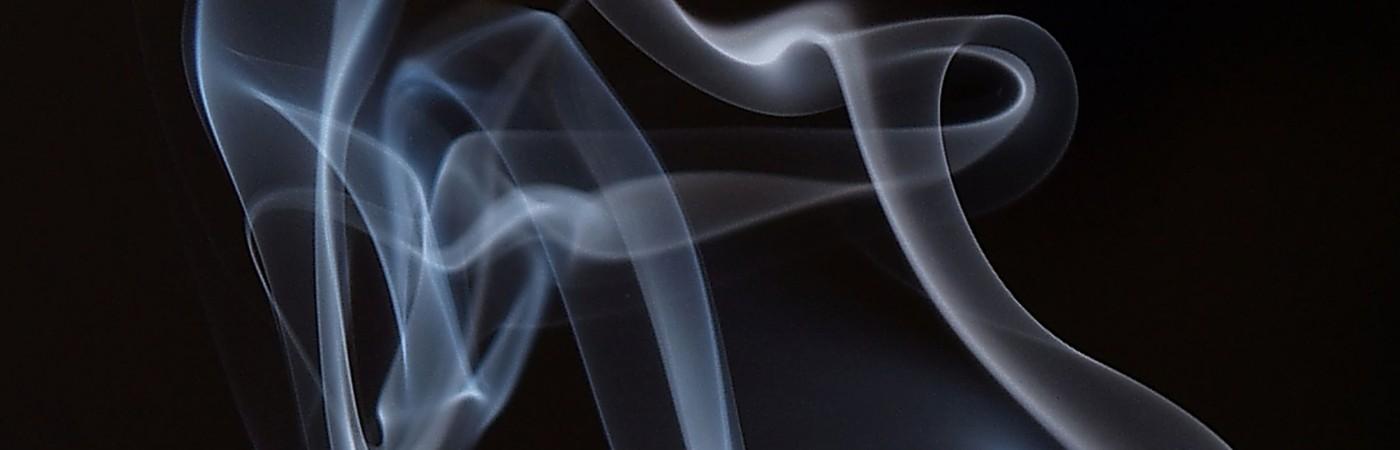 zigarettenrauch (piqs.de ID: 0e1377aeee713da6f8d6b01dbd1aa9cc)